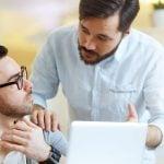 10 راه کار مقابله با بی حوصلگی در محیط کار